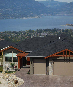 While you are visiting beautiful Kelowna and surrounding areas, stay at our Kelowna Bed and Breakfast, Hilltop Escape B & B